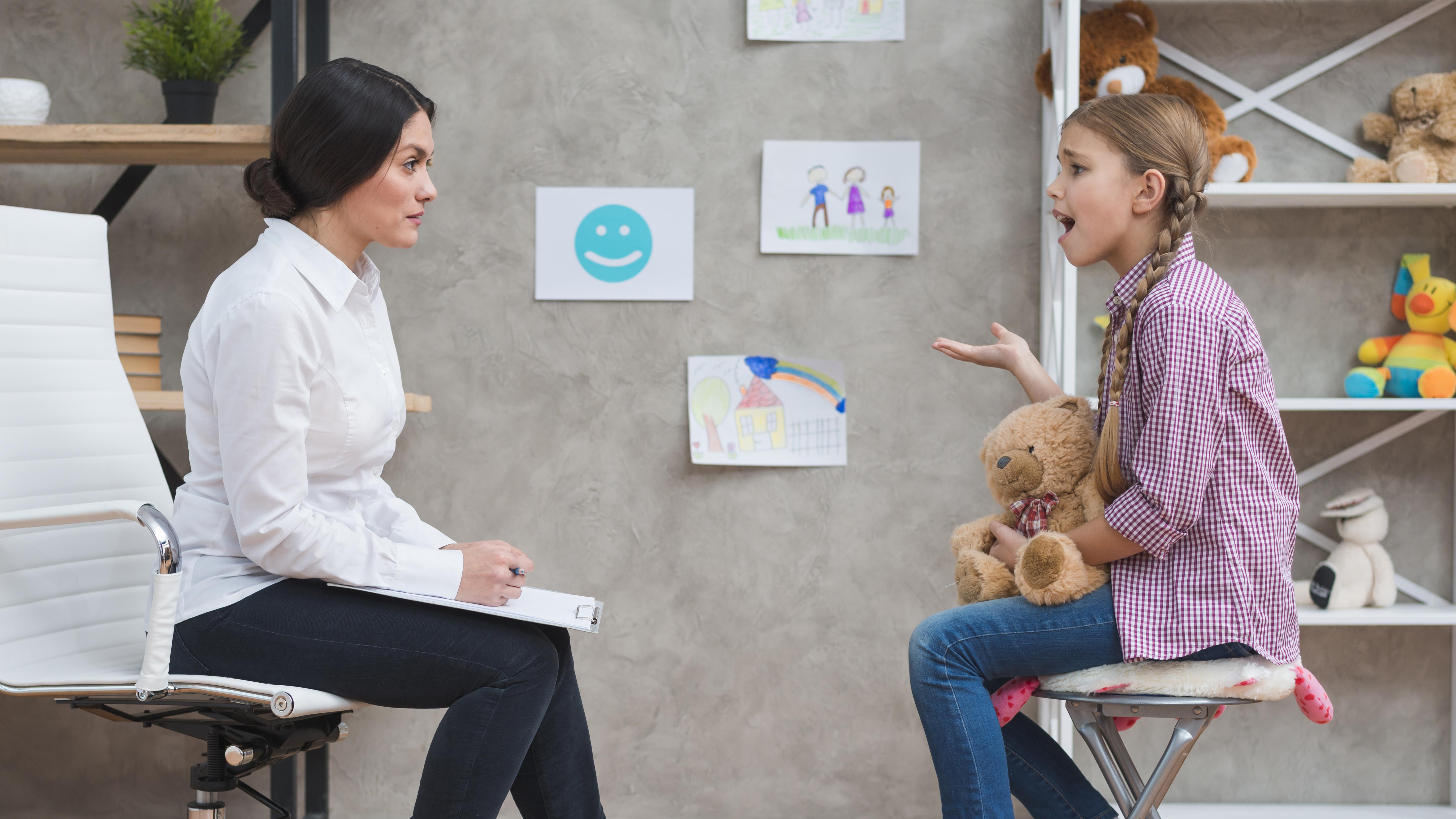 Intervención con menores con problemas de conducta e intervención en adicciones